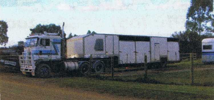 Horse Transport for sale VIC Loadmaster Semi Trailer Horse Float