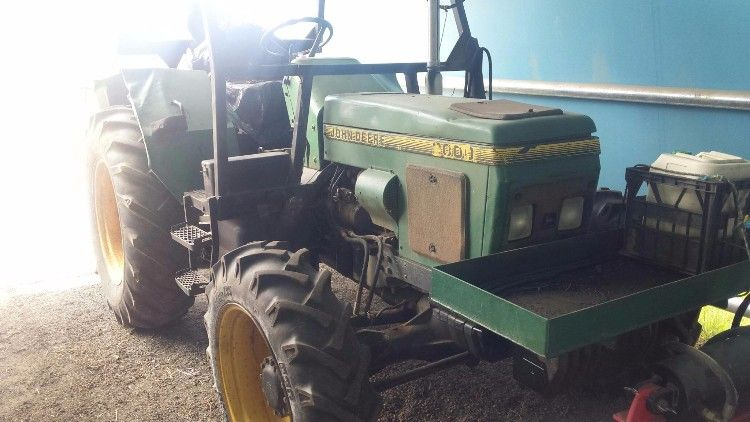 2000 John Deere 4WD Tractor for sale QLD