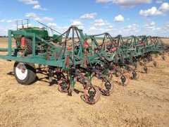 Farm Machinery for sale NSW 64 foot Symonds Planter Bar