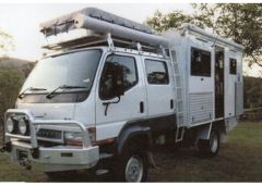 Mitsubishi Canter 2006 4 x 4 Modified Off Road Motorhome for sale Qld