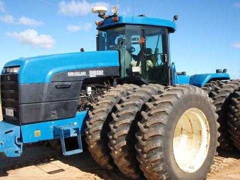 New Holland 9882 Tractor on triples with Beeline 2cm steering for sale WA