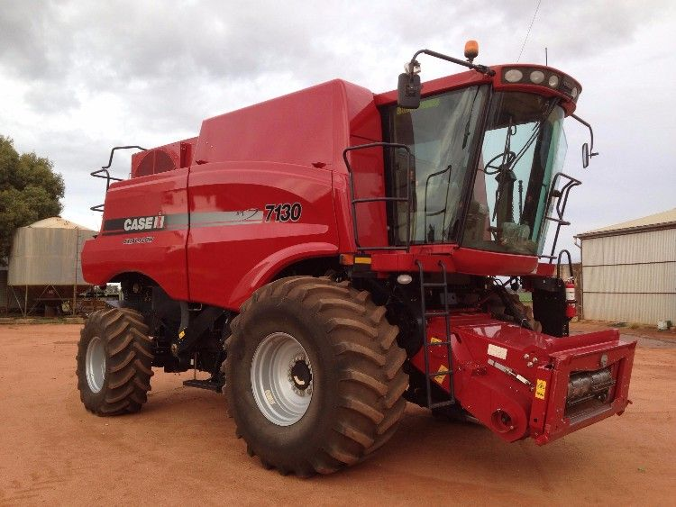 Case 7130 Header Farm Machinery for sale NSW Riverina