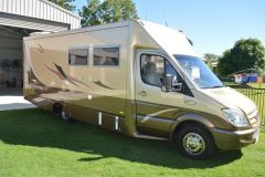 Mercedes  Paradise Liberation Deluxe Motor Home for sale Burrum Heads Qld