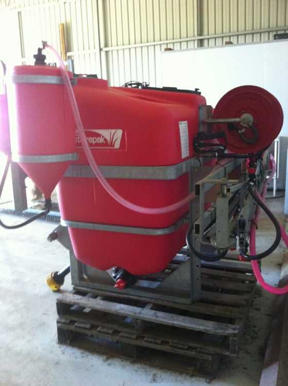 Farm King Auger, Silvan 3PL 800L Sprayer Farm Machinery for sale WA Albany