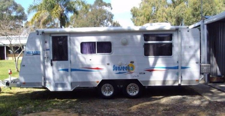 2009 Millard Sunseeka 19ft Poptop Caravan for sale WA