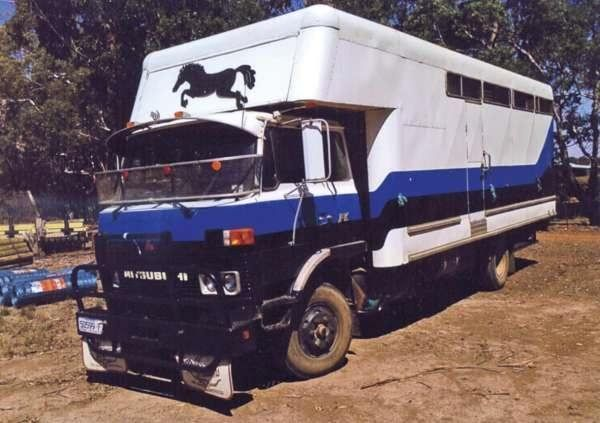 Mitsubishi 4-5 Horse Transport Truck for sale Vic