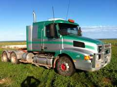 Volvo NH12 Truck, 1985 Lusty 41foot Convertible Trailer Truck for sale SA