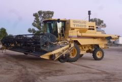 New Holland TR89 Header Farm Machinery for sale WA