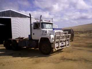 Truck for sale WA Ford LNT 9000 Truck