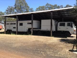 Isuzu Dual Cab Plus 4 Horse Gooseneck Horse Transport for sale Vic