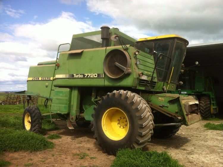 John Deere 7720 Farm Machinery Header for sale VIC