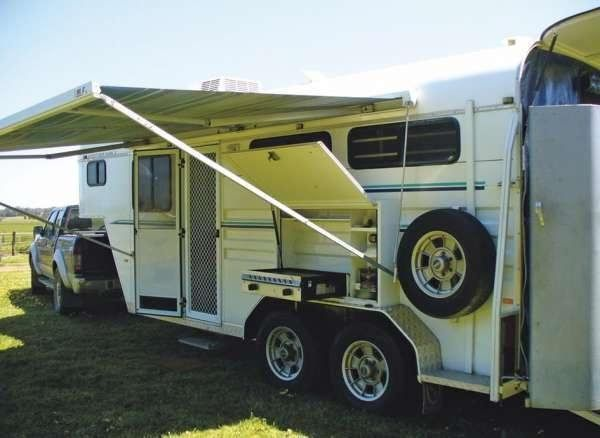 2007 Kara Kar Adventurer MK112 Horse Gooseneck Float Transport for sale NSW