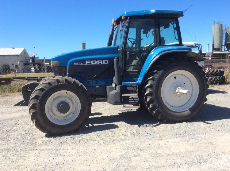 New Holland Ford 8670 Tractor for sale Mackay Qld