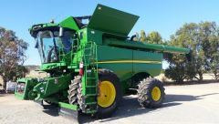2014 John Deere S680 Header & Honeybee Front for sale Cleve SA