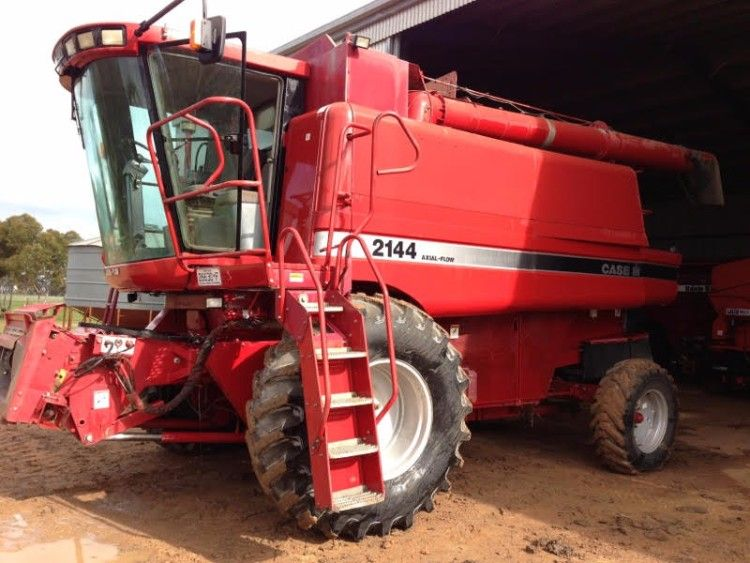 Header Case IH 2144 Farm Machinery for sale Vic