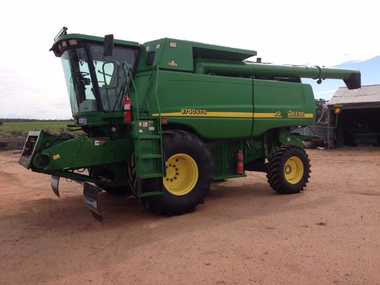 John Deere 9750 STS Farm Machinery Header for sale WA