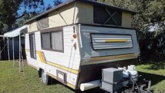 15Ft Coromal Pop Top Caravan for sale Qld Tewantin